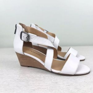 Lucky Brand Jenley White Wedge Sandals 7 NWOT